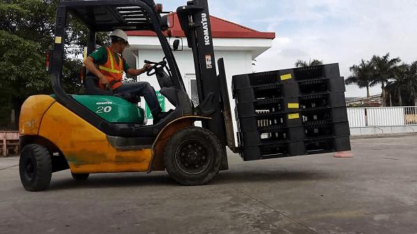 Huấn luyện an toàn vận hành xe nâng